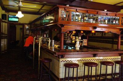 pub shuttle