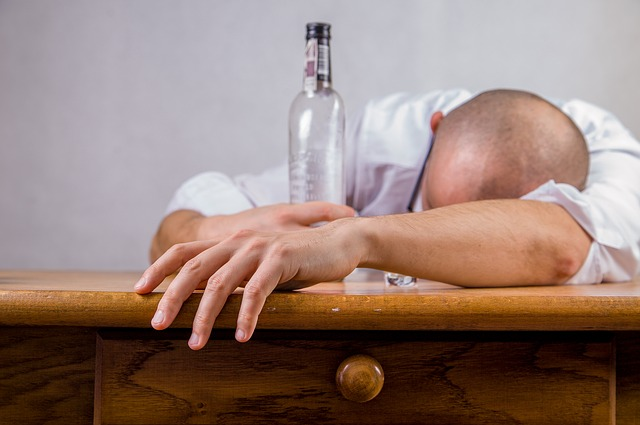 15 Ways to Avoid a Hangover
